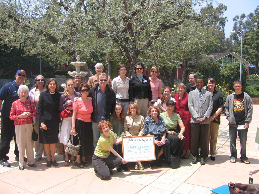 11 - 100666 - A great group -